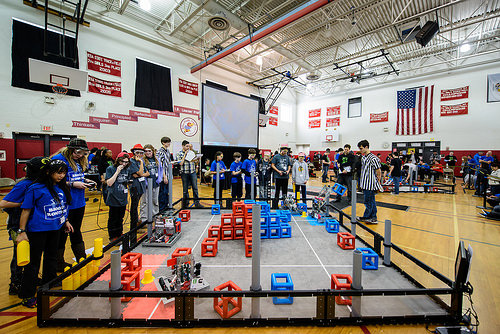 Student bots dazzle crowd