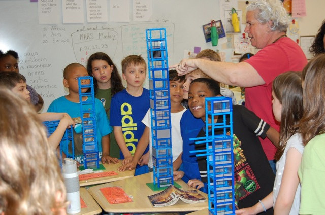 Beye 3rd graders build skyscrapers