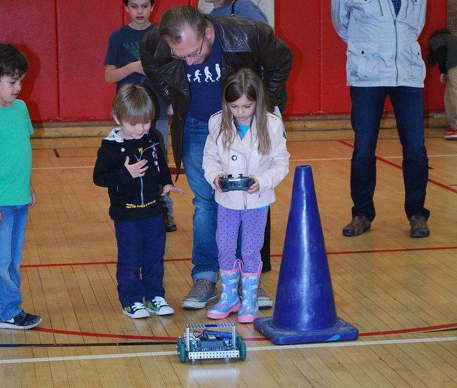 OPEF participates in Holmes STEM Night